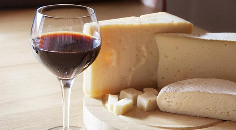 to go wine & cheese pairing